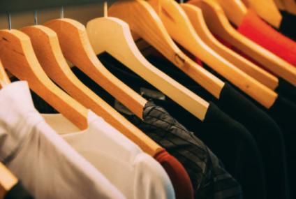 Cadoul original care impresionează oricând: tricourile brodate