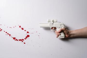 Cum se obţine permisul de port armă pentru a folosi pistoalele cu bile de cauciuc şi ce acte sunt necesare în acest sens?